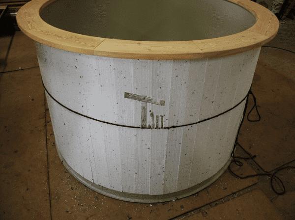 Izolacja ścian balii z wkładem PP, drewnianym parapetem